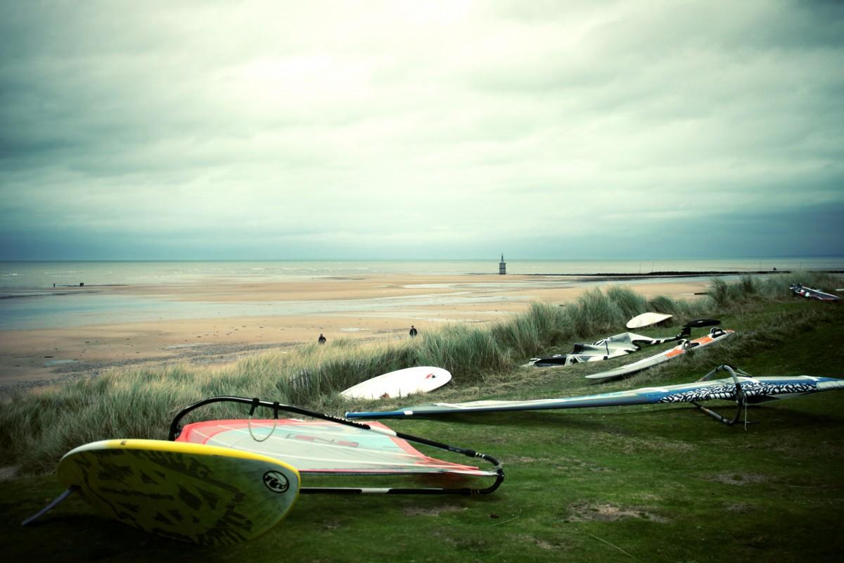 materiel windsurf plage