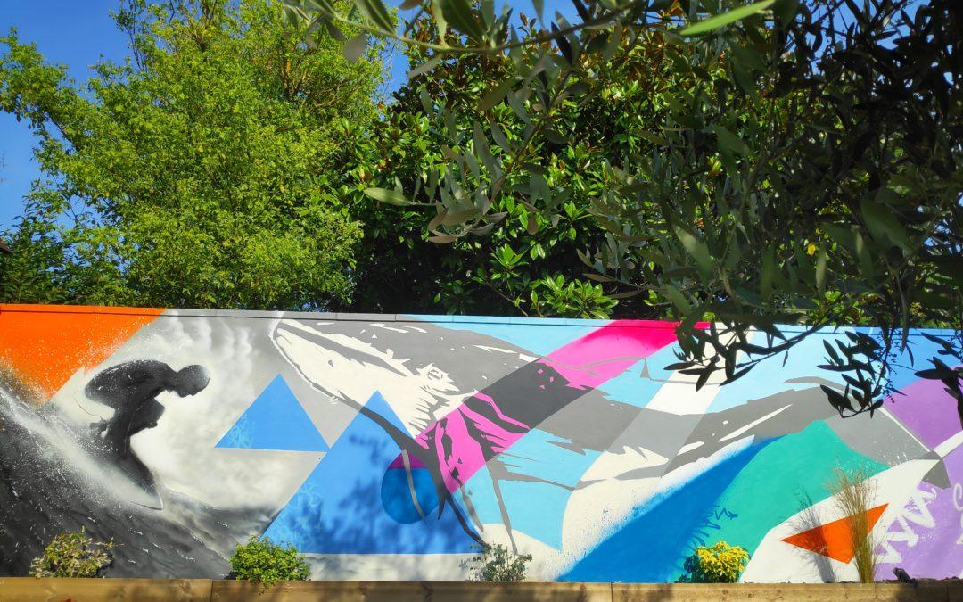 Baleine surf graffiti